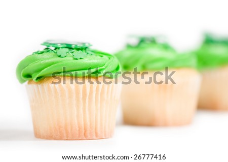 Cup cakes with green topping symbolizing St-patrick's day.