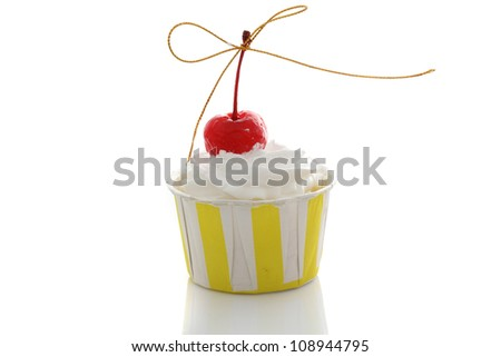 cupcake isolated in white background - stock photo
