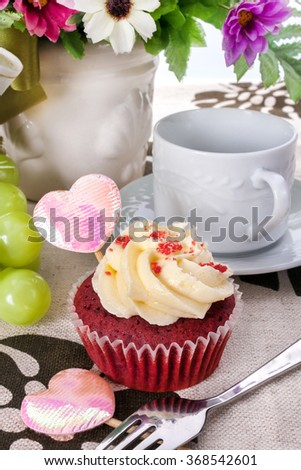 Cupcake on a table for Valentine day