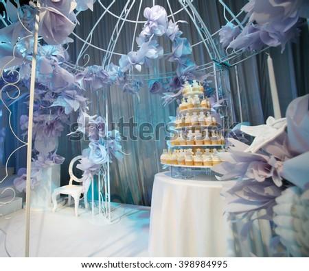 Cupcakes (elegant wedding) - stock photo