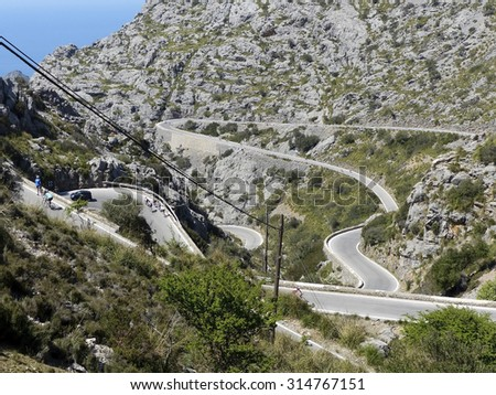 Curves near Sa Calobra