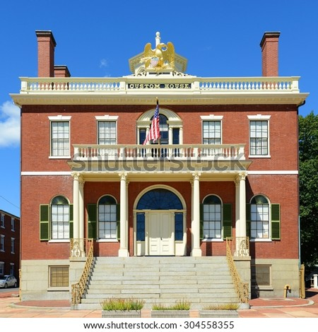 Custom House at the Salem Maritime National Historic Site (NHS) in Salem, Massachusetts, USA. This federal style building was built in 1819 and is the first NHS in the United States. - stock photo