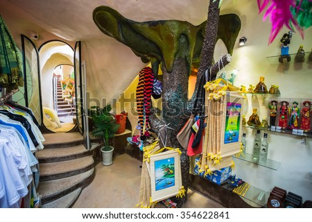 DA LAT, VIETNAM - NOV 26: Hang Nga guesthouse, popularly known as the Crazy House�� on Nov 26, 2014, in Dalat, Vietnam. It is designed and constructed by Vietnamese woman architect Dang Viet Nga