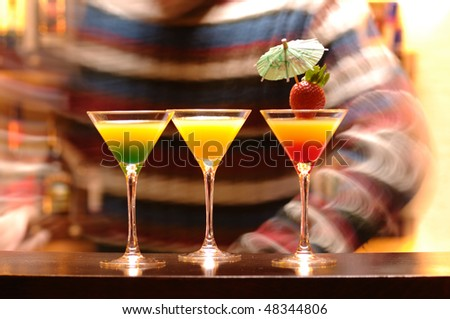 Daiquiri cocktails served at bar