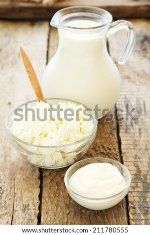 Dairy products: sour cream, milk, cottage cheese.