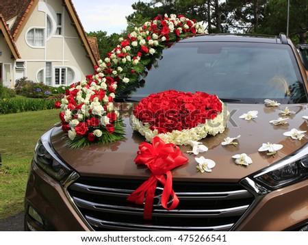 Dalat vietnam august 28 2016 wedding stock photo 475266541 dalat vietnam august 28 2016 wedding car flower decoration close up junglespirit Gallery