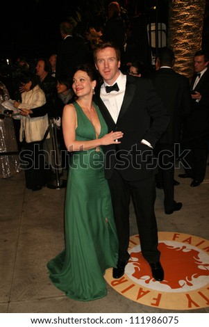 Damian Lewis and guest at the 2007 Vanity Fair Oscar Party. Mortons, West Hollywood, CA. 02-25-07 - stock photo