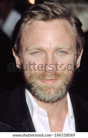 Daniel Craig at the premiere of The Road to Perdition, NYC, 7/9/2002 - stock photo