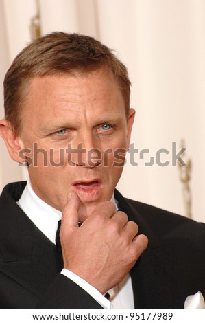 Daniel Craig at the 79th Annual Academy Awards at the Kodak Theatre, Hollywood. February 26, 2007  Los Angeles, CA Picture: Paul Smith / Featureflash - stock photo