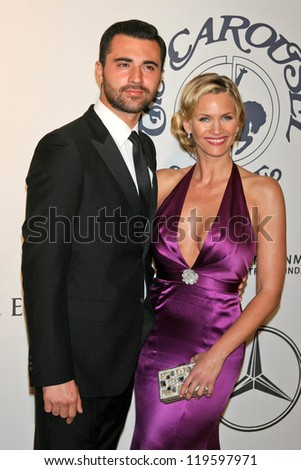 Darius Danesh and Natasha Henstridge at the 17th Carousel of Hope Ball to benefit The Barbara Davis Center for Childhood Diabetes. Beverly Hilton Hotel, Beverly Hills, CA. 10-28-06