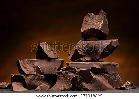 Dark chocolate / Chocolate chunks isolated / Chocolate bar pieces