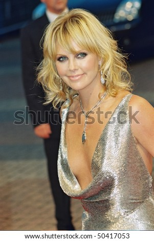 "DEAUVILLE, FRANCE - SEPTEMBER 12: Charlize Theron  attends the ""The Italian Job""  Premier at the 29th Deauville American Film Festival on September 12, 2003 in Deauville, France. - stock photo"