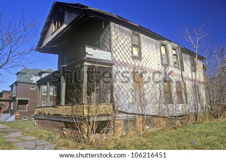 DECEMBER 2004 - Decayed building in Detroit, MI slum