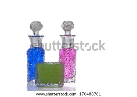 Decorative glass flagons with facet structure