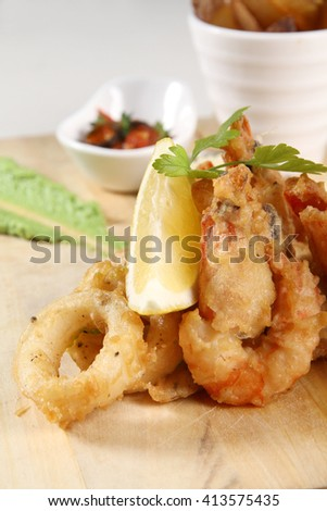 Deep Fried Prawn and Fried squid rings