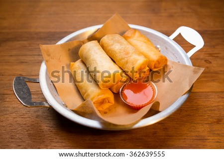 Deep fried spring rolls(Thai Spring Roll)