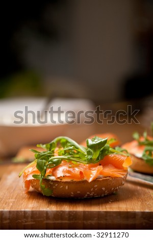 Delicious bagel with creamcheese and smoked salmon