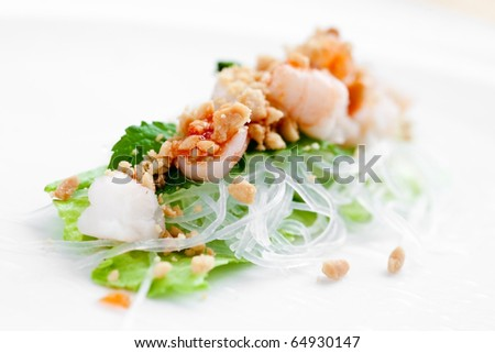 Delicious vietnamese spring roll with lettuce, vermicelli and prawn. - stock photo