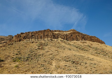 deserts and hills at john day national fossil monument, oregon, usa
