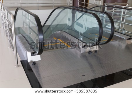design of escalator in the modern building