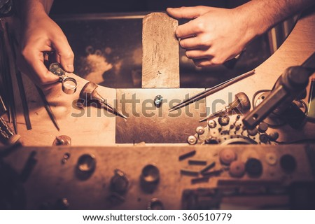 Desktop for craft jewellery making with professional tools.