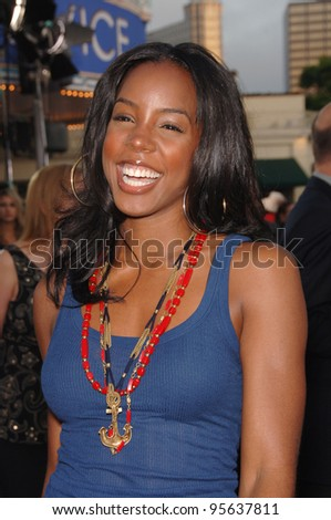 "Destiny's Child star KELLY ROWLAND at the world premiere, in Los Angeles, of ""Miami Vice."" July 20, 2006  Los Angeles, CA  2006 Paul Smith / Featureflash"