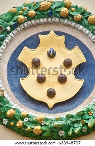 Detail Medici Family Shield Balls Stock Photo Royalty Free