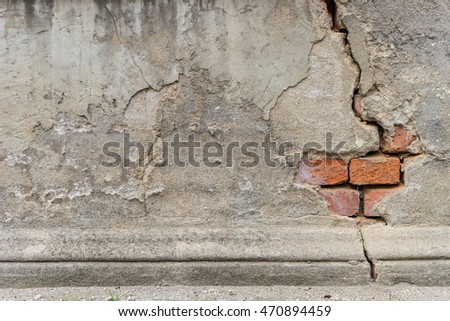 Detail of a crumbling old wall / old wall / Architecture Detail