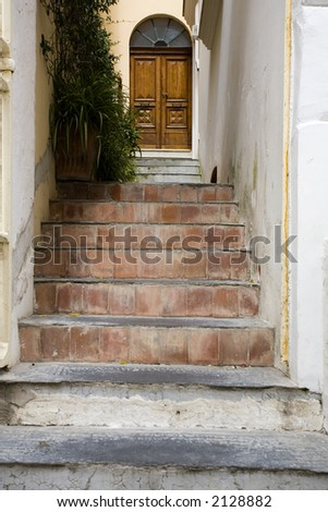 Details of an entryway to a home in Italy