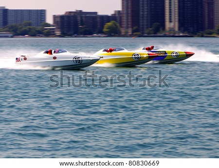 DETROIT - JULY 10th : Off-Shore boats race for position along the Detroit River at the APBA Gold Cup Race Finals on July 10th, 2011 in Detroit, Michigan.