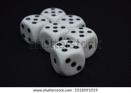 dice throw fives