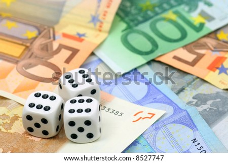 dices on cash