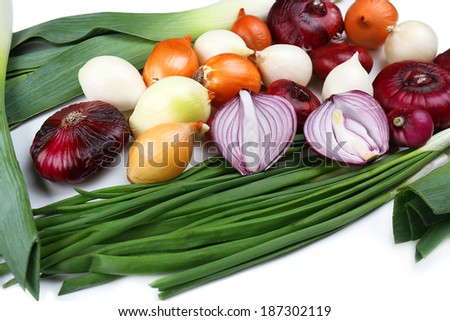 Different raw onion, close up