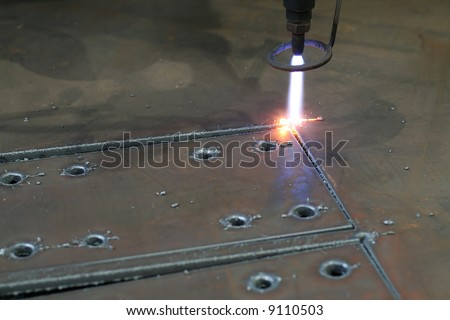 Digital portal type thick metal sheet plasma and gas shearing with - stock photo