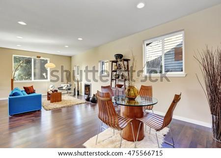 Choosing contemporary open floor plans