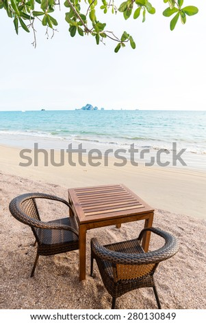 dinner table at the beach for couple
