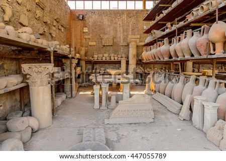 Dishes and other things in Pompeii, an ancient Roman town destroyed by the volcano Vesuvius. UNESCO World Heritage site
