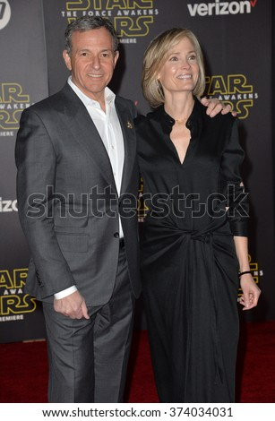 "Disney boss Robert Iger & wife Willow Bay at the world premiere of ""Star Wars: The Force Awakens"" on Hollywood Boulevard. December 14, 2015  Los Angeles, CA Picture: Paul Smith / Featureflash - stock photo"