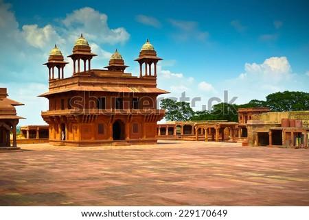 Diwan-i-Khas, the hall of private audience in Fatehpur Sikri, Uttar Pradesh, India - stock photo