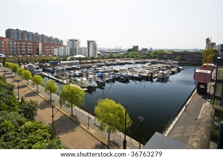 dock and marina views on isle of dogs london