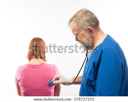 Doctor listens to the patient
