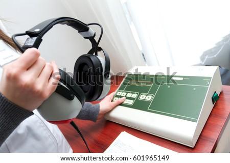machine to test hearing