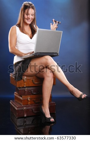Don't invest with a broker you don't know concept - stock photo
