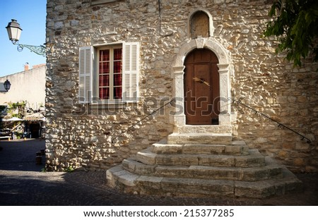 Door of the Provence-Alpes