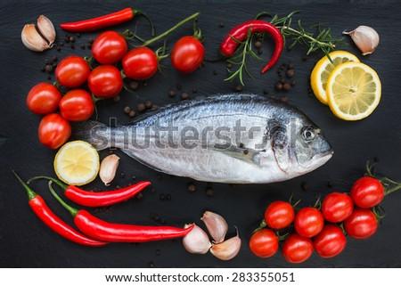 how to feed fish garlic