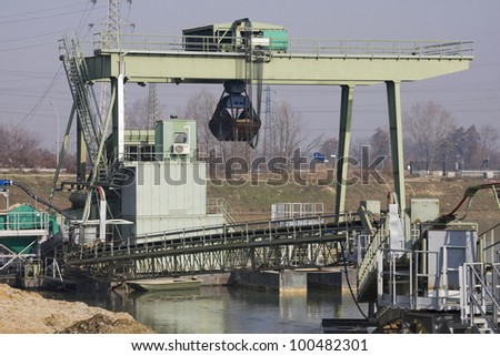 dredge in a mine lake