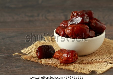 Dried date