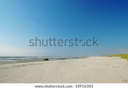 Driving at Long Beach peninsula shoreline, Washington - stock photo