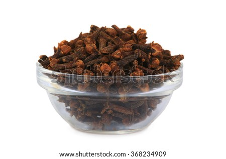 dry cloves isolated on white background