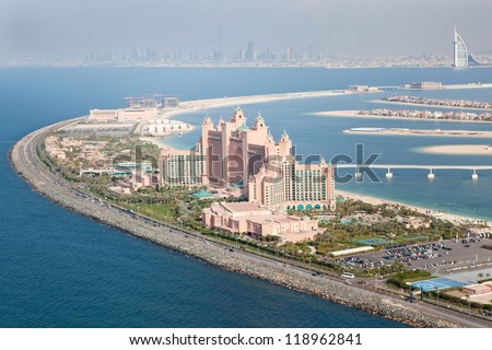 DUBAI, UAE - JANUARY 20: Atlantis hotel on January 20, 2011 in Dubai, UAE. Atlantis the Palm is a luxury 5 star hotel built on an artificial island - stock photo